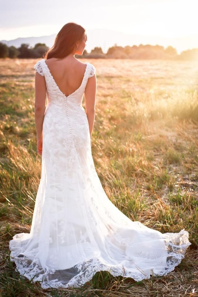 Maggie Sottero Violet Lace Wedding Dress from Bridal Closet - A ...