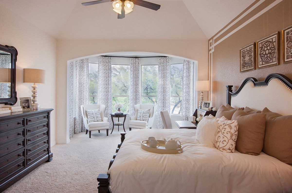 Master Bedroom Like The Accent Wall Detail Home Fair Oaks Ranch Master Bedrooms Decor