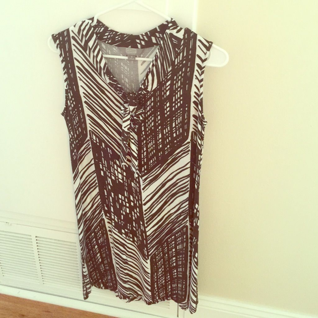 Printed brown dress products