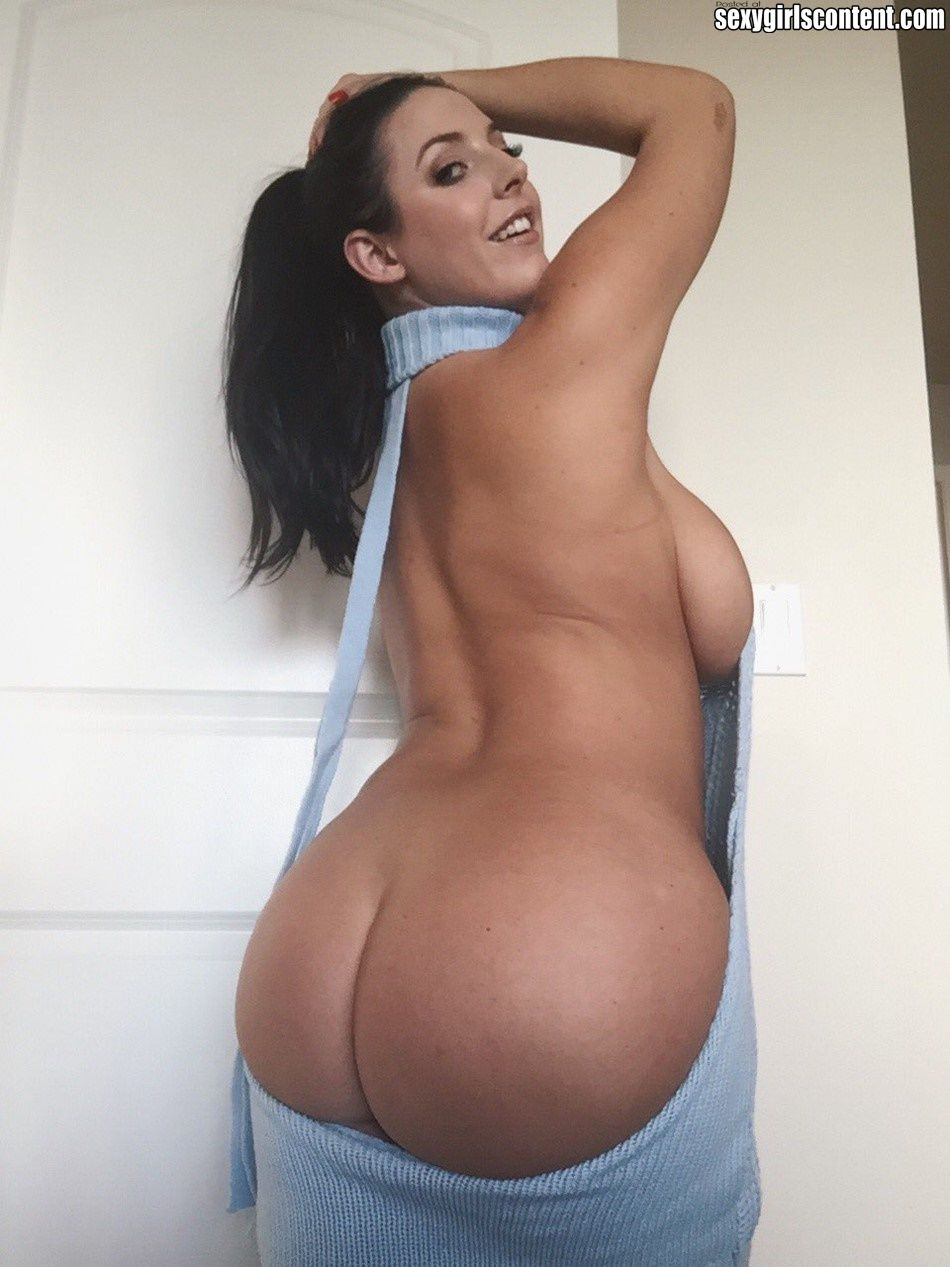 Hot big white booty