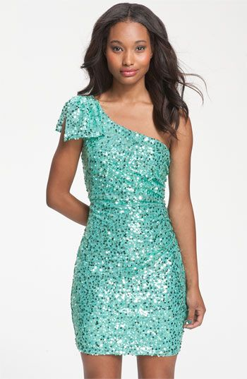Sequin Dresses for Juniors