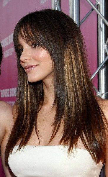 coupe cheveux long raide avec frange