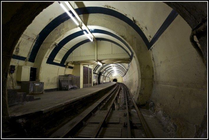 Aldwych Abandoned Tube Station | Silent UK – Urban Exploration & Underground Photography