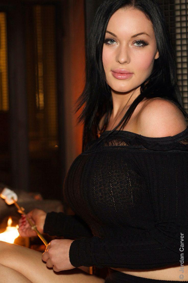 Veronika Black Women Brad Pitt Beautiful Women