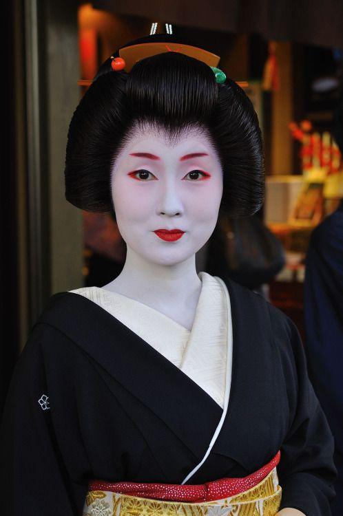 Geiko Kyouka (viaワタシャジ ~ワタクシの社寺めぐり(とか)~ 祝・ブログ開設四周年)