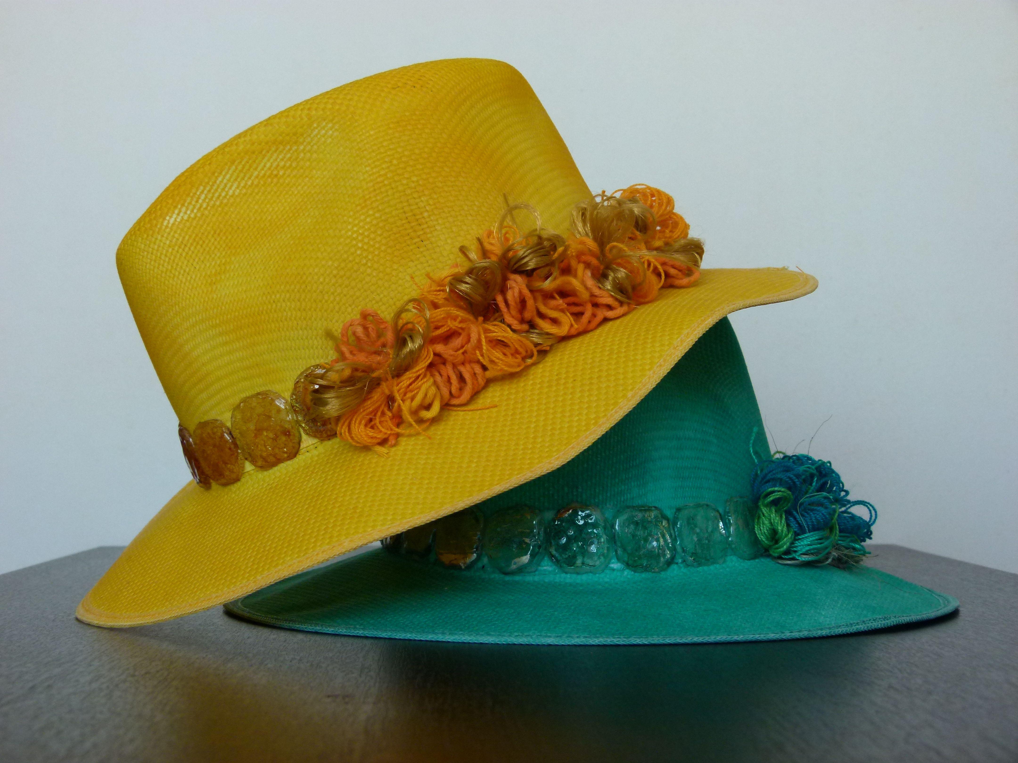 Sombreros Priscilla. #Sombreros #Hats #KDAVID #ComprasVirtuales #Valledupar #TalentoColombiano #ModaSotenible #MedioAmbiente #Moda #Accesorios