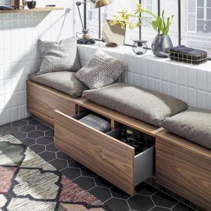 85 Small Apartment Balcony Decorating Ideas - Wholehomekover