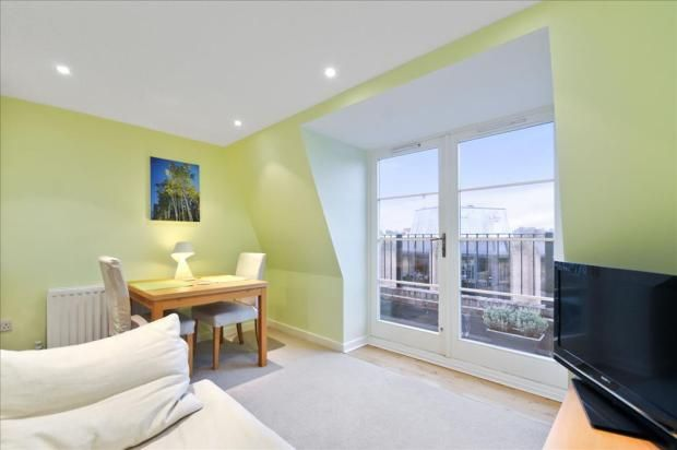 2 Bed Flat St. James Road