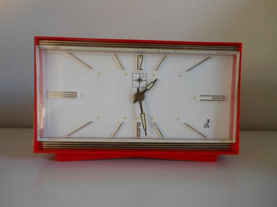 Vintage 70' red mechanical alarm-clock by MaisonGrenouille on Etsy