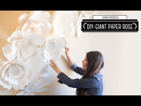 Diy how to make a giant paper flower backdrop rose for Como colocar papel mural