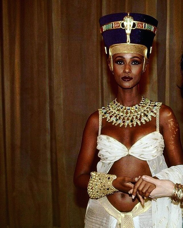 new arrivals 82ee7 12bf7 Yes, let s not forget Queen Beauty herself Iman 🖤