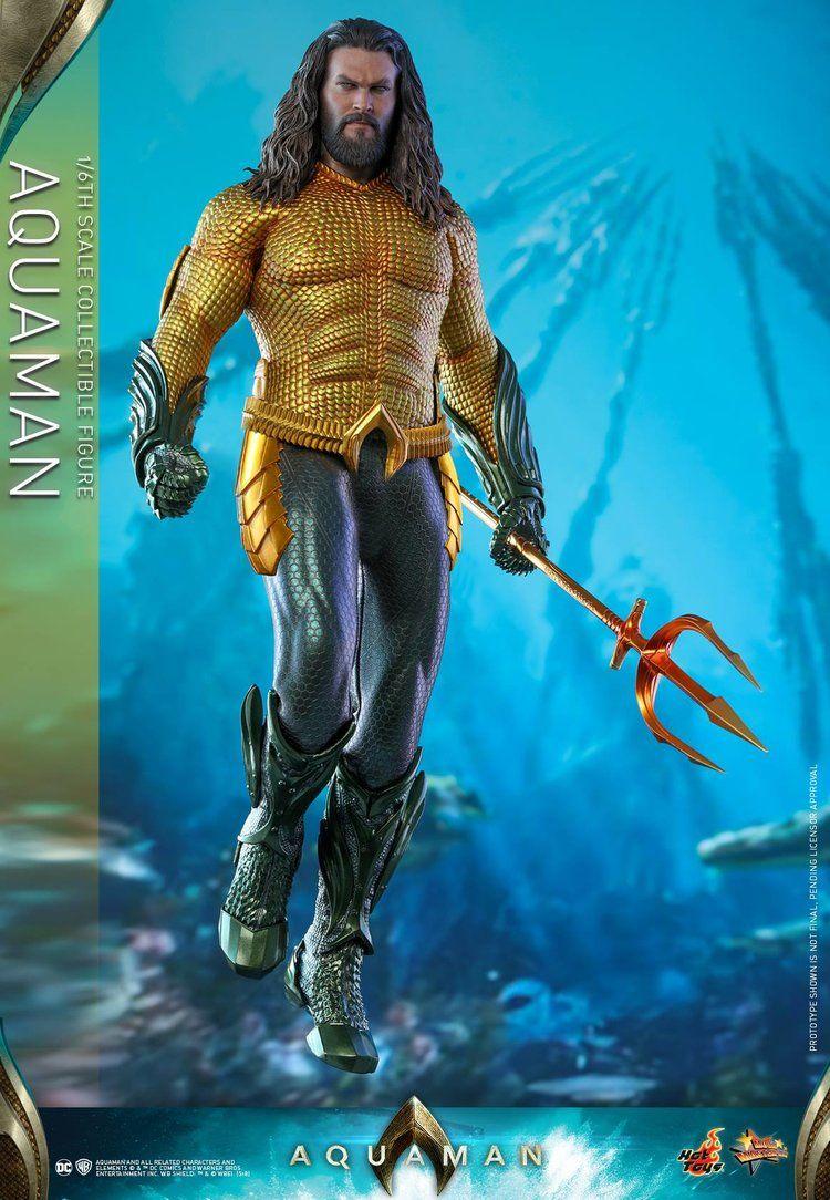 Hot Toys Unveils Their Classic Costume Aquaman Movie Action Figure