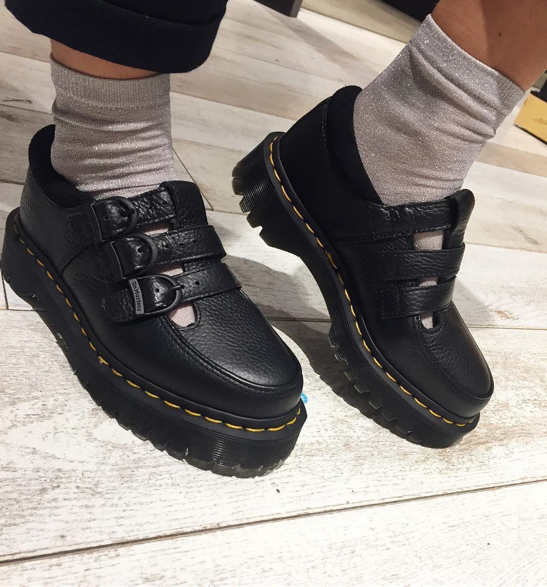 """211 Likes, 2 Comments - Carlings Sandvika (@carlings_sandvika) on Instagram: """"NEWS! fete sko fra #drmartens! siden det er partyfredag må jo glittersokkene på også. GOD HELG!…"""""""