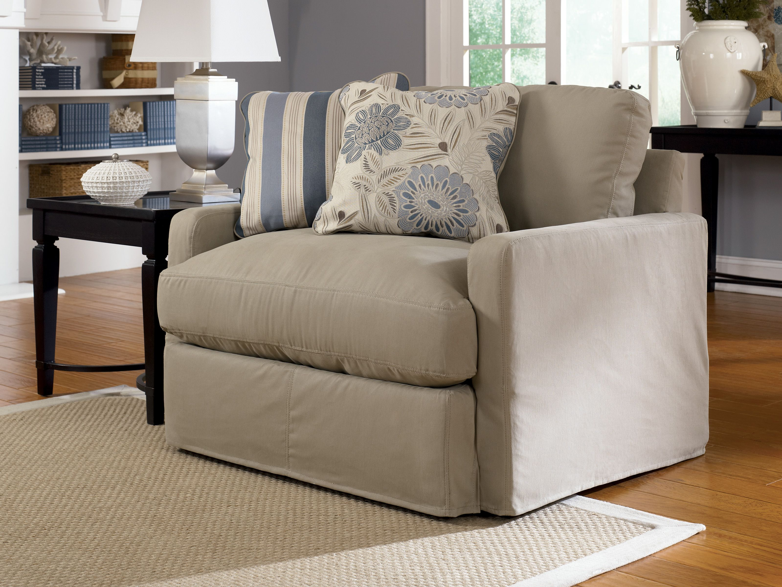 Genial Greyish Cream One And A Half Chair With Pillows