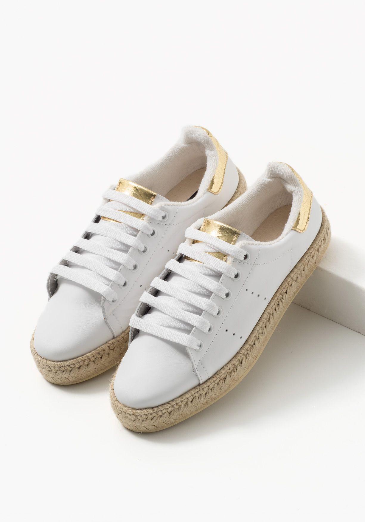 0b944192ae7 Zapatos deportivos de piel para mujer con esparto y cordones. Fabricados en  EspañaComposición Empeine: