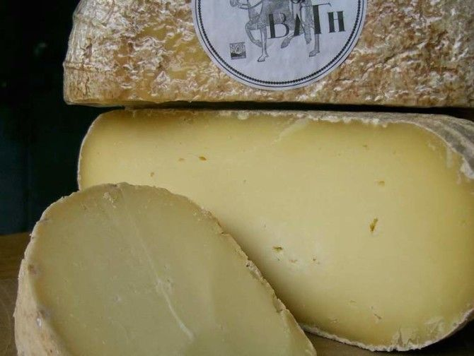A Beginner S Guide To Every Type Of Cheese Cheese Soft Cheese Hard Cheeses