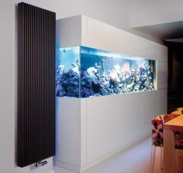 Moderne Design Heizkorper Wohnung Mit Grosser Ablage Mit Bildern Design Heizkorper Design Modernes Design