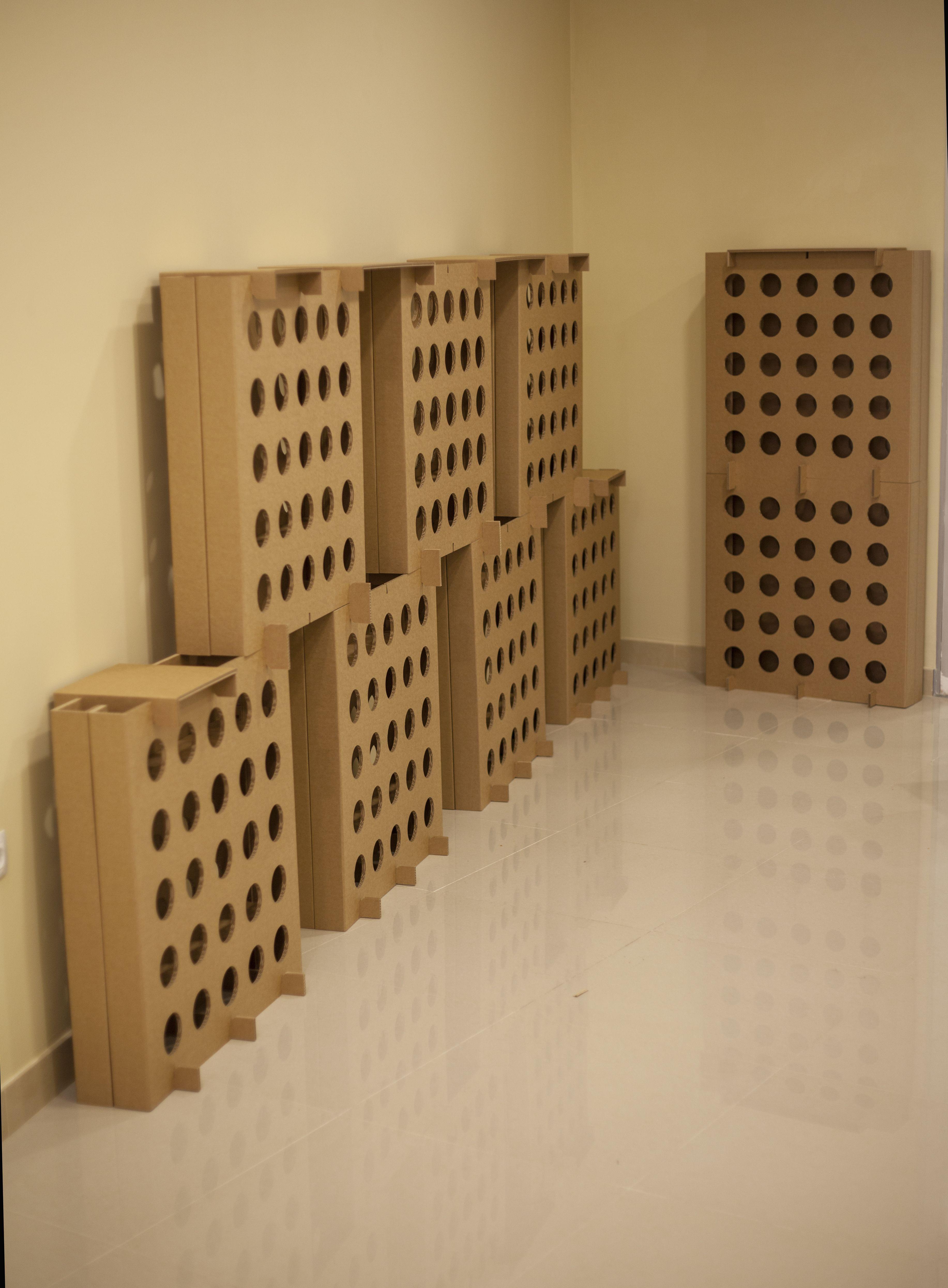 Botelleros De Vino De Carton By Cartonlab Cardboard Furniture  # Muebles Roles Mesillas