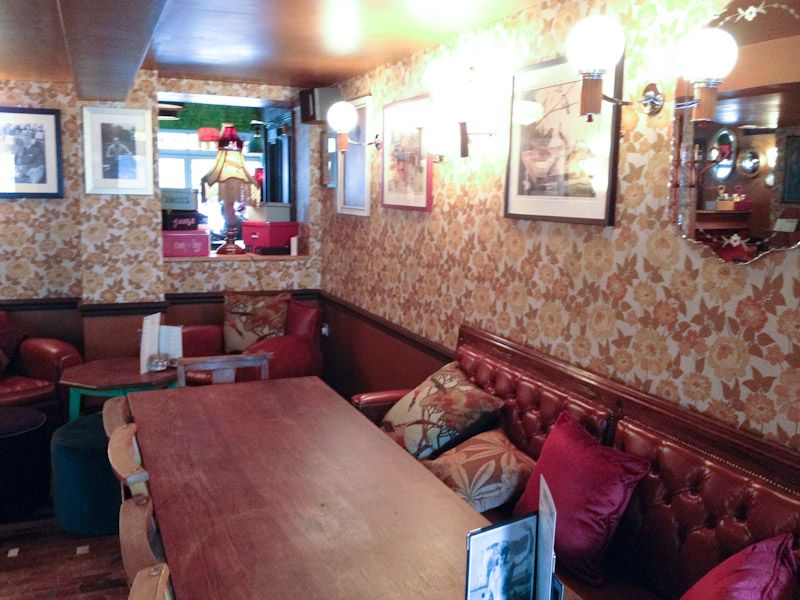 Milo lounge cafe bar lark lane liverpool larklane for Furniture 66 long lane liverpool