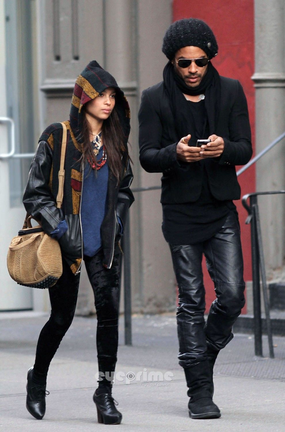 Father and daughter style // Zoe and Lenny Kravitz. . I don't know them but they are both so stylish!