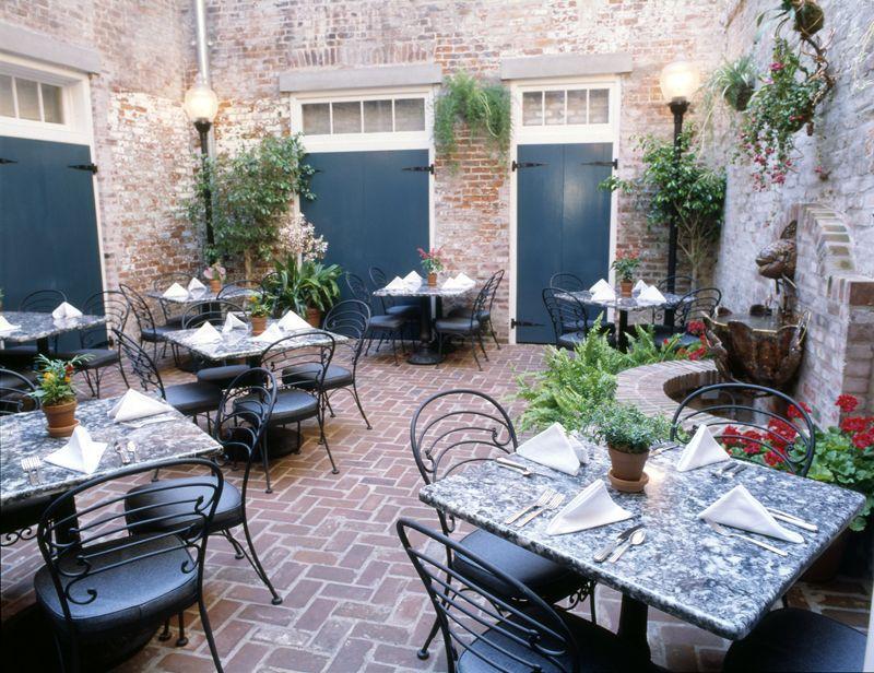 Attrayant Pauls New Orleans Restaurant Courtyard