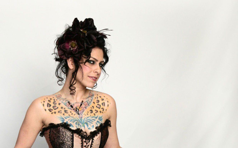Da da danielle colby cushman tattoos - American Pickers Danielle Colby Cushman Renaissance Woman