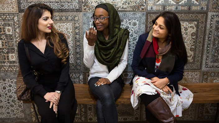 If we want to honour Islam's diversity as well as our own, Australia must  start differentiating between Islam's many sects and … | Muslim women, Women,  Women online