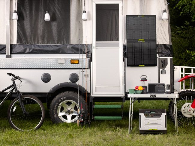 Here S Our Review Of Goal Zero Yeti 1250 Portable Solar Kit Http Bestportablesolargenerators Com Por Portable Solar Generator Solar Generator Solar Power Diy