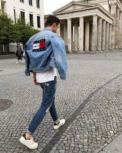 Streetwear herren Bild von Paul Schmitz Gielsdorf auf