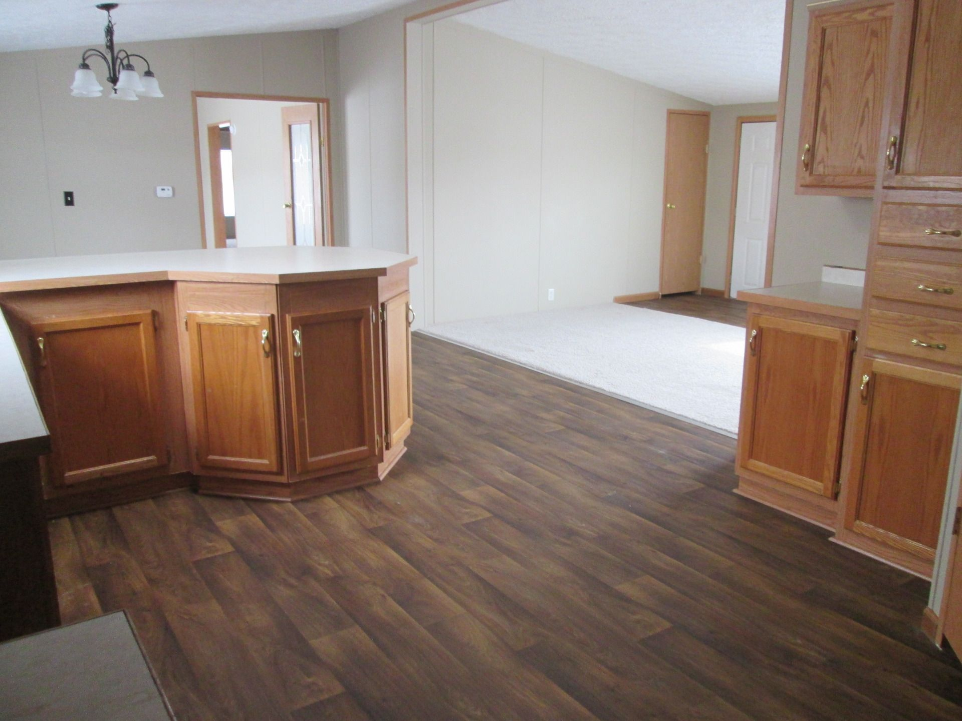 Open Floor Plan 2001 Dutch Mobile / Manufactured Home in