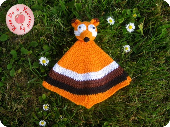 Security Blanket – Mr. Fox #crochetsecurityblanket Security Blanket – Mr. Fox | Do It Yourself #securityblankets