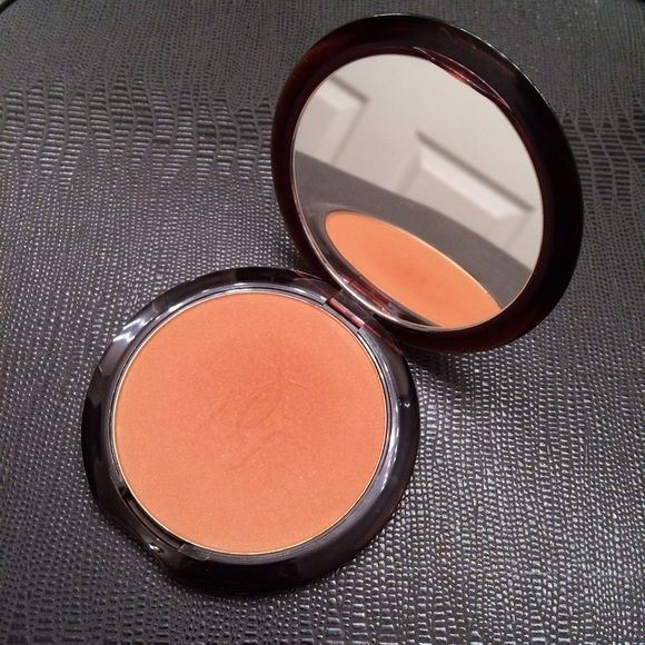 Guerlain Terracotta Bronzer 05 Used once. Unfortunately, too dark for me!  This is a cult classic bronzer with light texture and natural finish in beautiful packaging. Shade is 05 Guerlain Makeup Bronzer
