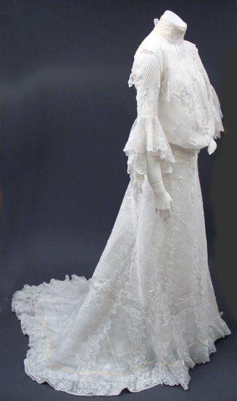 Circa 1902 White Cotton Batiste and Lace Wedding Dress