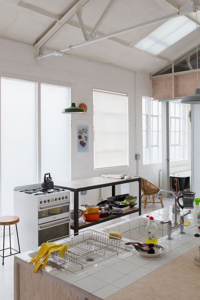 A London warehouse converted into a family home FrenchByDesign - como disear una cocina