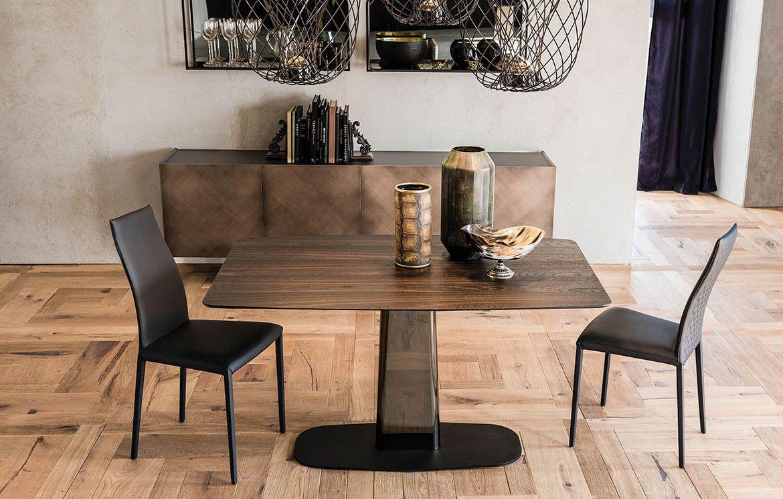 linus wood aus dem hause cattelan italia ist ein dezenter esstisch mit einem dennoch starken charakter