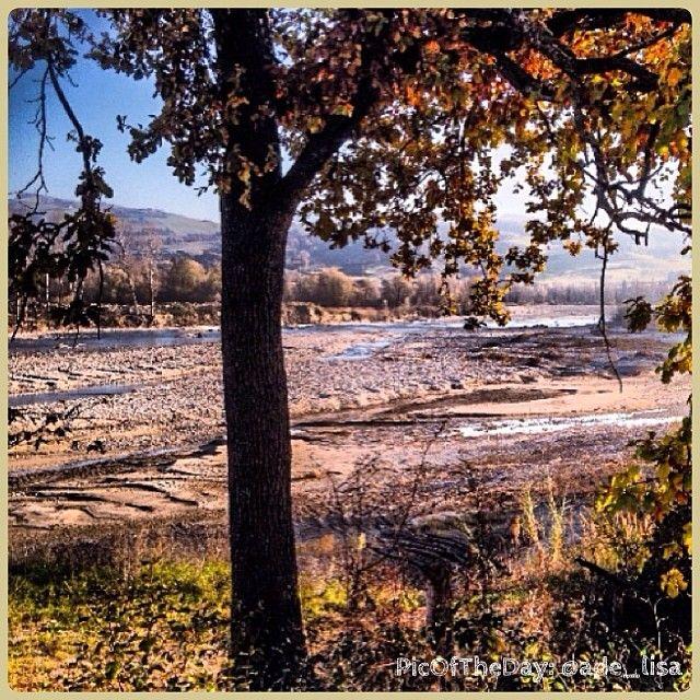 """Dato il freddo di questi giorni la #PicOfTheDay di #turismoer oggi è in #Romagna e """"cammina nel sole"""" del fiume #Marecchia. Complimenti e grazie a @ade_lisa :)"""