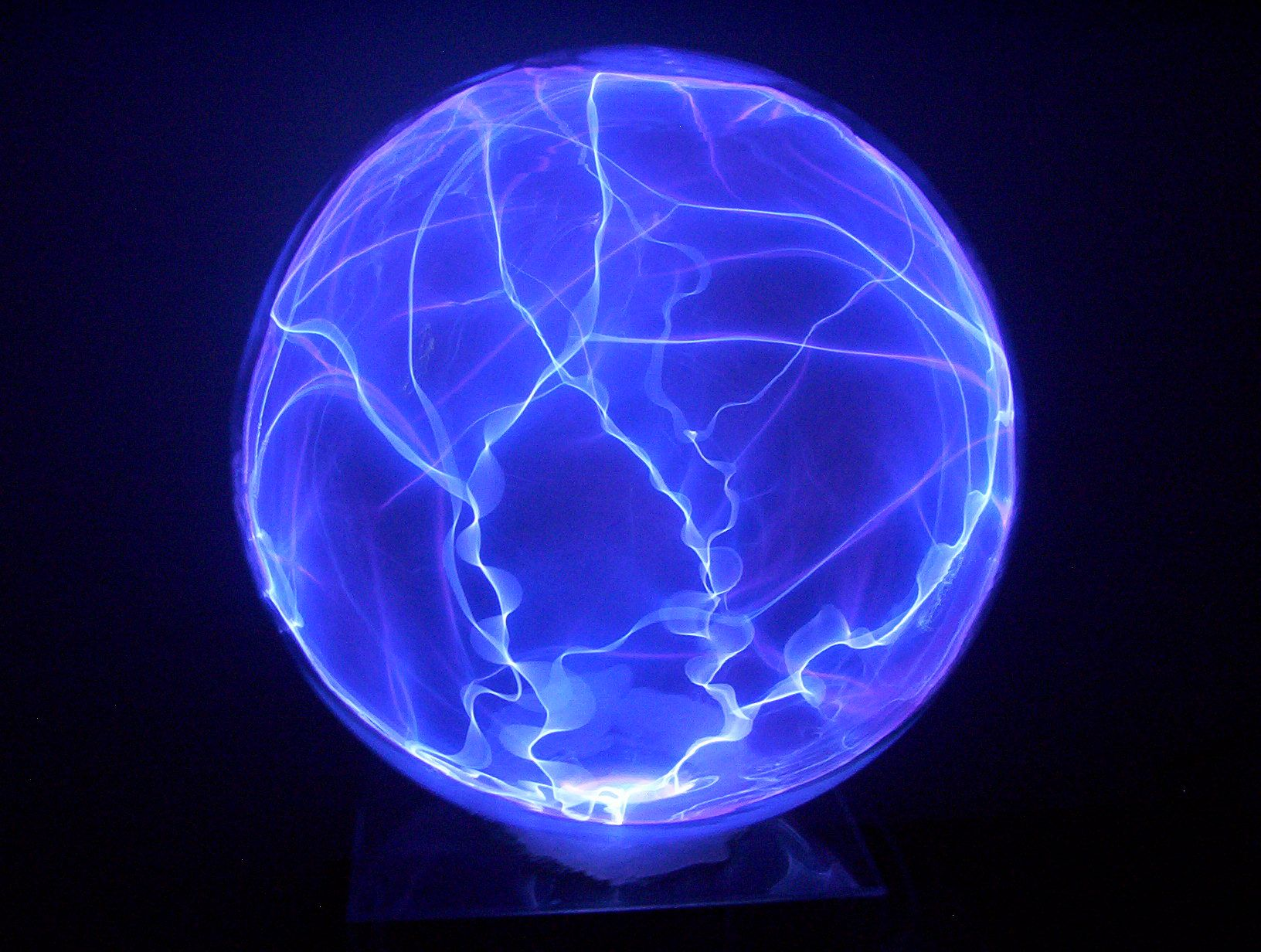 Invented by Nikola Tesla, the plasma lamp is a glass sphere ... for Plasma Lamp Gif  111bof