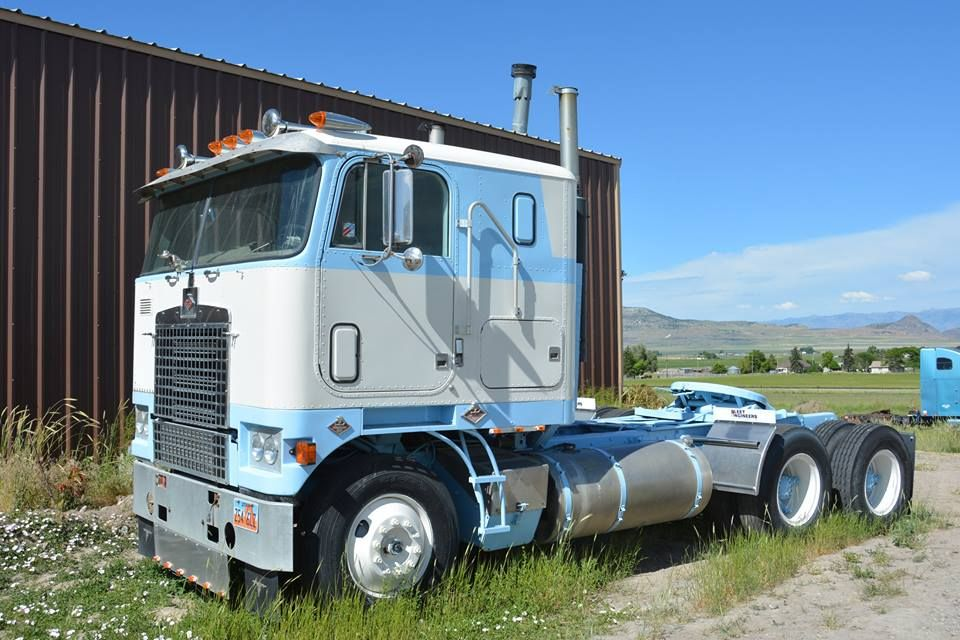 Diamond Reo Royale, a rare cabover | Diamond T obsession | Pinterest ...