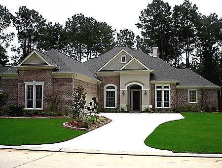 plan 67010gl luxurious one level home - One Level Home Designs