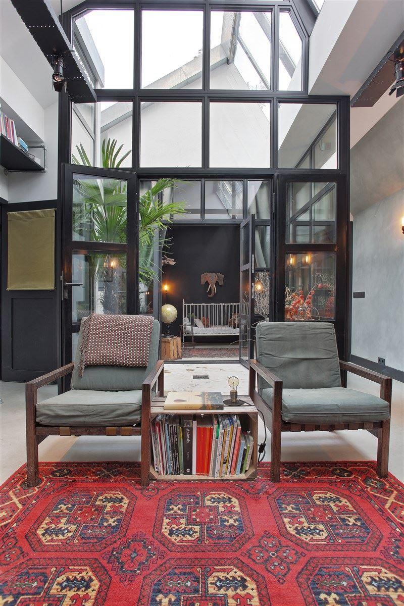Habiter dans un ancien garage, why not | Interieur maison, Architecte interieur et Planete deco
