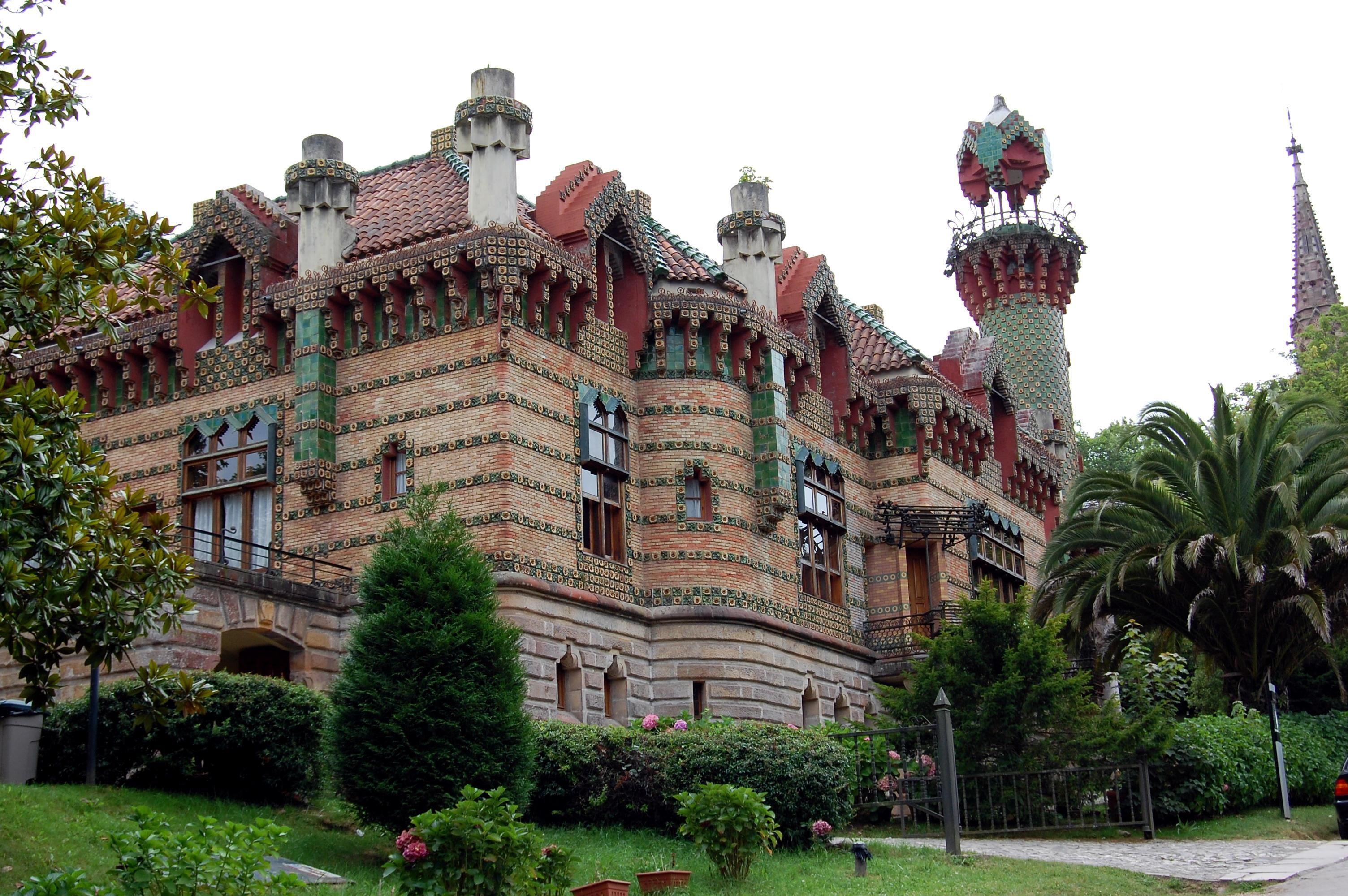 El Capricho- Gaudi   Gaudi, Antonio gaudi, Arquitectura