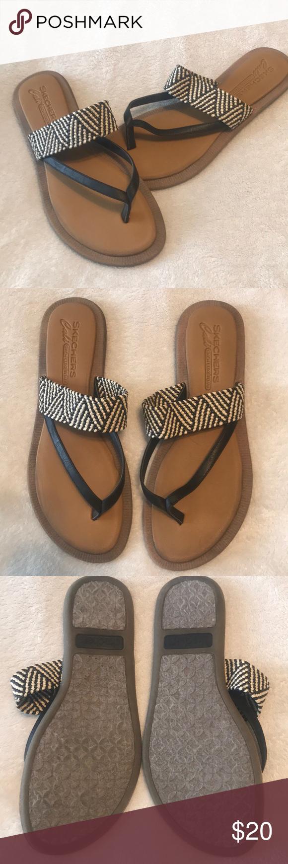 Sketchers Cali Luxe Foam Sandals | Foam