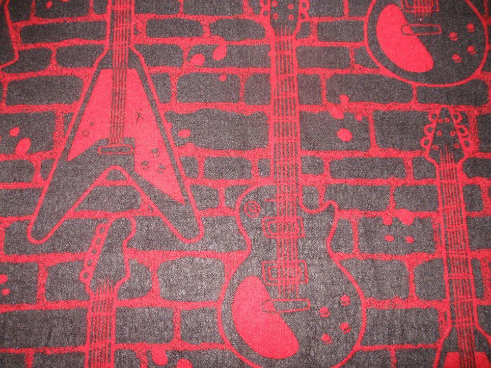 "Cool ""BRILLANT RED GUITARS"" Handmade Cotton Flannel Pillowcase Standard/Queen"