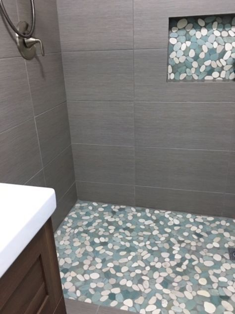 Large Sliced Sea Green And White Pebble Tile Shower Floor