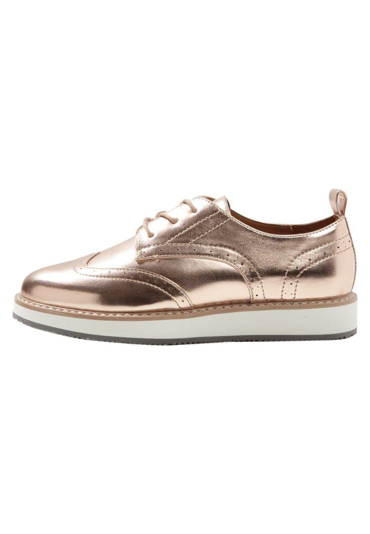 el más nuevo 1b402 99e16 Consigue este tipo de zapatos con cordones de ONLY SHOES ...