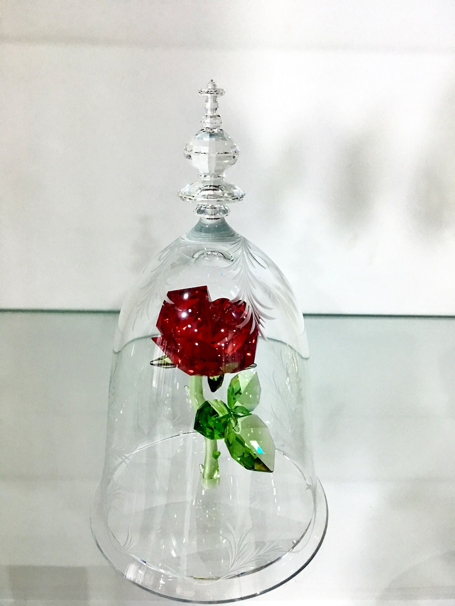 d26e2eec9 Swarovski Crystal. Beauty and The Beast. Enchanted Roses. Limited Edition  2017(350 pieces). KOS home