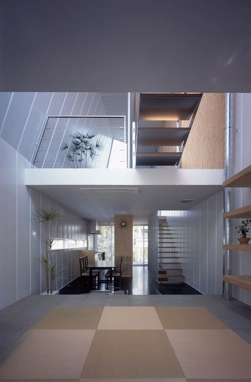 Built on a narrow, 5m x 16m plot of land, smack dab in the middle of Tokyo, the MDS-designed Tokyo Steel House is a four-story structure made of thin steel walls that sits atop a reinforced concrete garage.