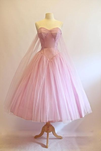 pink sleeveless tulle fanshion dress,strapless sweetheart homecoming dress,party dress from Leno Dress - Prom dresses vintage, 1950s prom dress, Vintage homecoming dresses, Vintage dresses, Cheap homecoming dresses, Vintage prom - inch waist