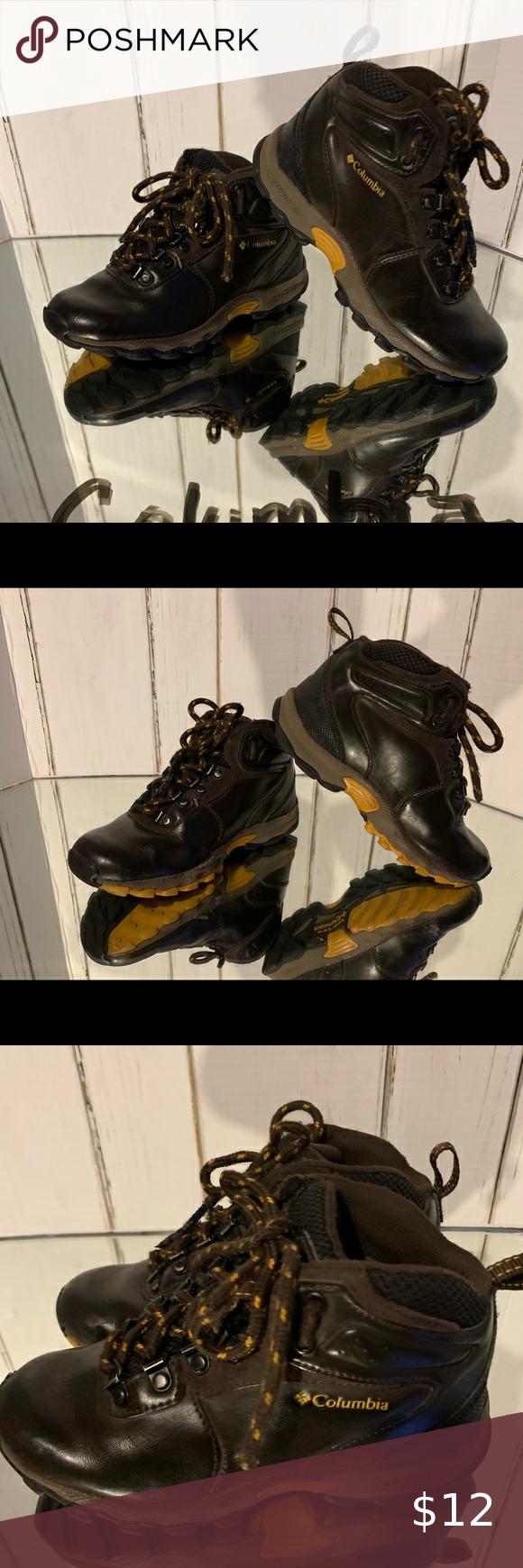 columbia boys shoes