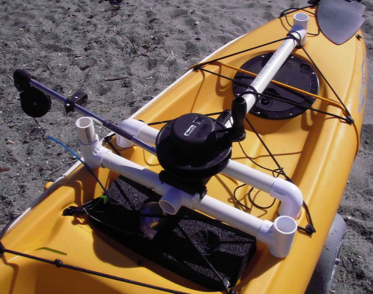 Diy down rigger for Kayak Fishing Kayaking Pinterest